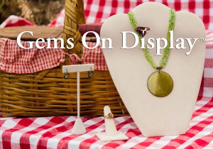 picnic jewelry display